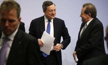 #AskDraghi: EZB-Chef bekräftigt Regulierungsabsage