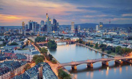 Frankfurt School setzt auf Blockchain: Fälschungssichere Abschlusszeugnisse für Studierende