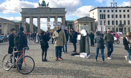 Out of Order: Bitcoin-Automat am Brandenburger Tor