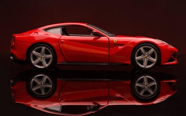 Token für Sammlerautos: CurioInvest und MERJ Exchange tokenisieren Ferrari