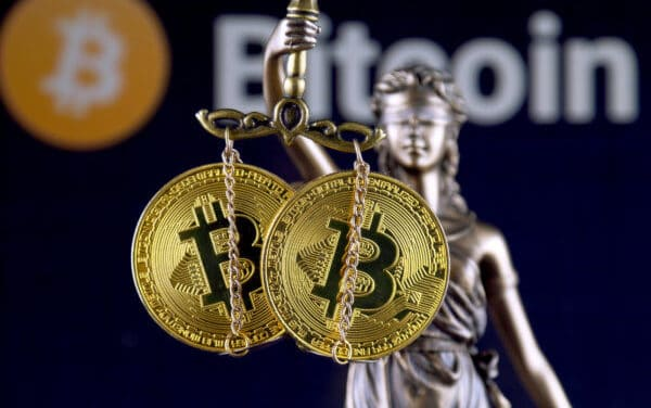 Regulierungs-ECHO: Bitcoin-Betrug, Helikoptergeld und CBDC