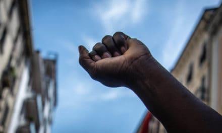 US-Proteste: Ripple bekennt Farbe im Fall George Floyd