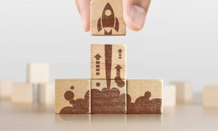 Blockrockets wählt AZHOS zum Blockchain-Start-up des Monats