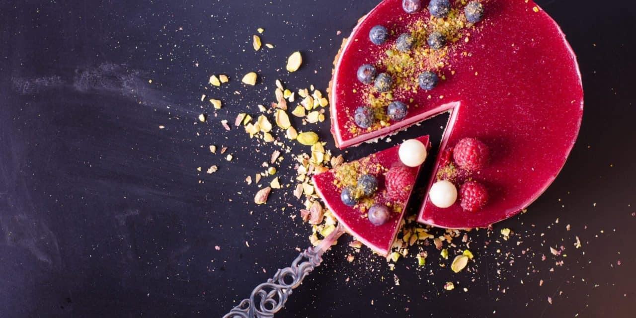 PancakeSwap (CAKE) bricht Rekorde und zieht an UniSwap (UNI) vorbei