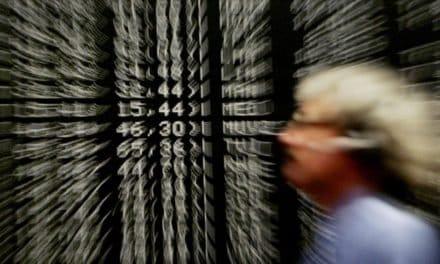 Börse: Dax mit Quartalsverlust wegen Inflation und hohem Ölpreis